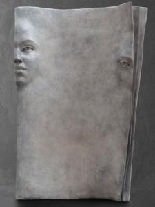 Pages blanches |Paola Grizi Artiste | bronze Sculpture book | Galerie Mickaël Marciano Place des Vosges Paris