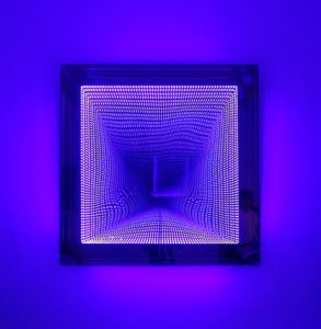 Falcone Artiste | Infinity squares Malevitch | Mirror geometric optic | Galerie Mickaël Marciano Place des Vosges Paris