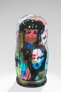 Joy' Artiste | Poupée Russe | Sculpture Resin Russian Doll | Galerie Mickaël Marciano Place des Vosges Paris