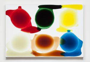 Alt = artiste galerie mickael Marciano Paris MILAN HOUSER Couleurs poured painting Peinture