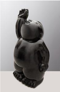 Artiste MARIELA Garibay Toucher Le Ciel | Bronze Sculpture bébé Tendre | Galerie Mickaël Marciano Art contemporain Paris