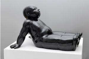 Artiste MARIELA Garibay repos | Bronze Sculpture bébé Tendre | Mickaël Marciano Art Gallery Place des Vosges