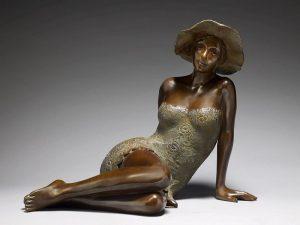 Brigitte Teman Artist | Angelica | bronze sculpture femme woman | Galerie Mickaël Marciano Art Place des Vosges