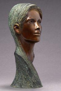 Brigitte Teman Artist | Laetitia | bronze sculpture femme woman portrait | Galerie Mickaël Marciano Art Place des Vosges