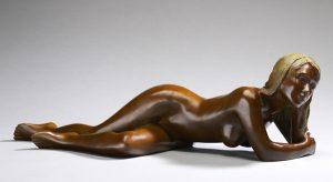 Brigitte Teman Artist | Rebecca | Bronze sculpture femme female nude lying | Galerie Mickaël Marciano Art Place des Vosges