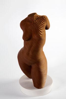 Olivier Duhamel Artist | Rosie | sculpteur Bois lasercut nu femme | Galerie Mickaël Marciano Place des Vosges Paris