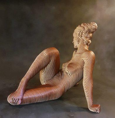 Olivier Duhamel Artist | Sandy | sculpteur bois lasercut nu femme | Galerie Mickaël Marciano Place des Vosges Paris