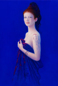 Andrzej Malinowski Artist | Jeune femme au dragon | hyperrealism bleu blue | Galerie Mickaël Marciano Place des Vosges Paris