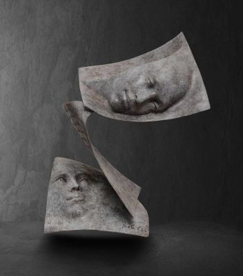 Tris  Paola Grizi Artist   sculpture bronze livre   Galerie Mickael Marciano Paris Place des Vosges